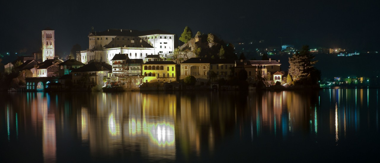 Isola di San Giulio by night…
