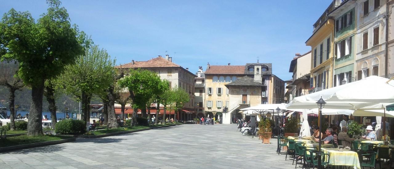 "Piazza Motta, la famosa piazza ""salotto"""